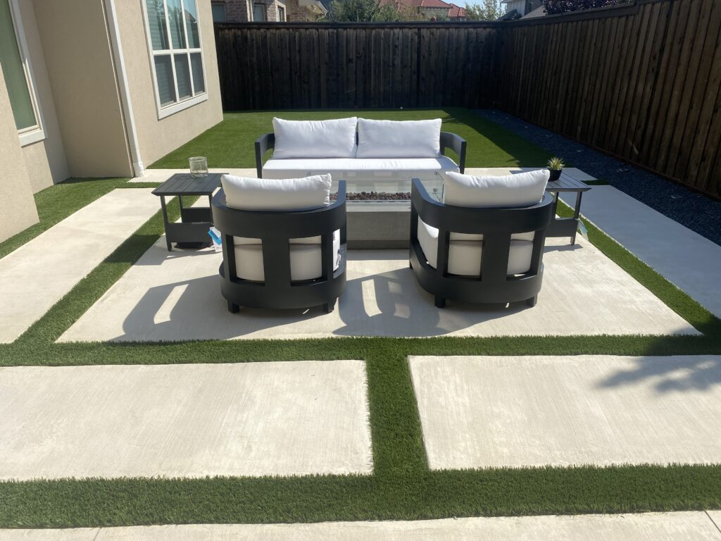 Backyard with Artificial Grass Turf Ribbons